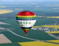 ballonfahrt im hei luftballon ballon rundflug erlebnisse erleben und als gutschein verschenken. Black Bedroom Furniture Sets. Home Design Ideas